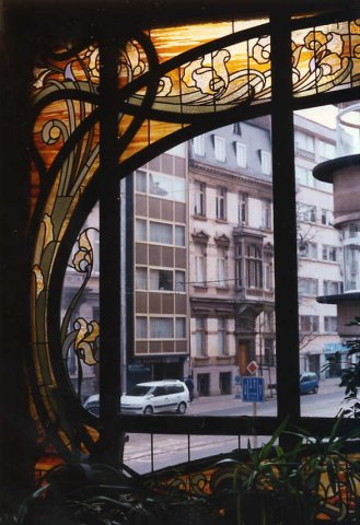 Hotel hannon brussels for Art nouveau fenetre